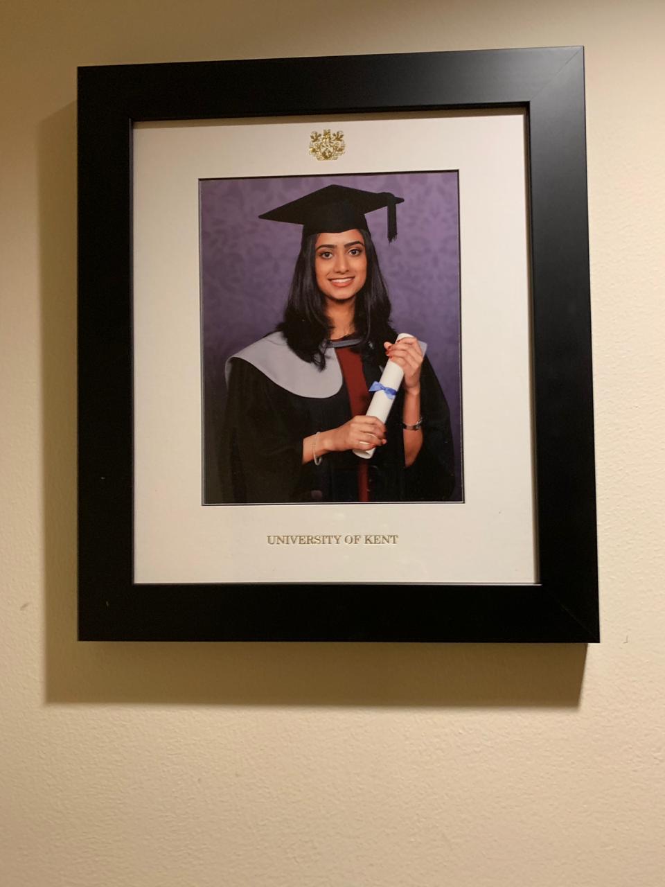2019-08-29-stephie graduation potrait
